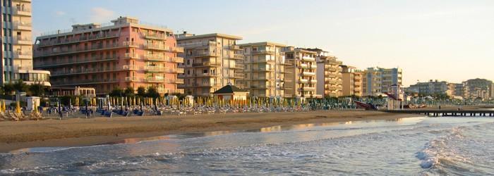 Jesolo: 3 Nächte im 3*Hotel inkl. Halpension und Strandservice im September ab 119€