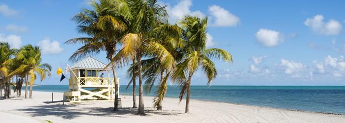 Miami Rundreise: 2 Nächte in Miami Springs + Flug + 11-15 Tage Mietwagen im April-Juli ab 760€