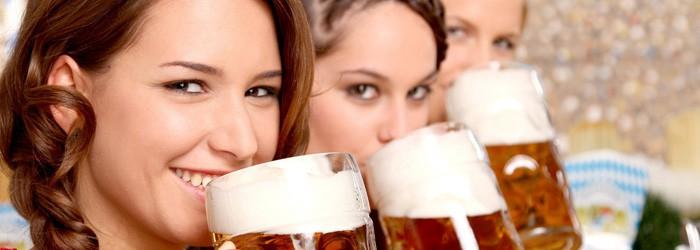 Wies'n Loft zum Oktoberfest: 1 Nacht + 1 Maß Bier im Cateringzelt ab 49€