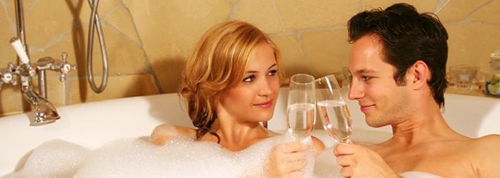 Kuscheltage in Tirol: 2 Nächte im 4*Romantikhotel inkl. Vollpension und Wellness ab 179€