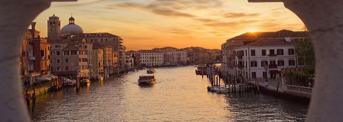 Best of Venedig: 2 Nächte im 3* Hotel inkl. Frühstück, Bootsfahrt nach Murano & Eintritt ins Casino von Juni-Oktober ab 79€
