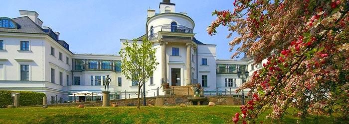 Luxusurlaub Burg Schlitz: 3 Tage im 5*Schlosshotel inkl. Frühstück, Wellness & vielen Extras von April – Juli ab 199€