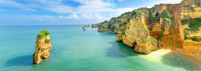 Algarve (Portugal): 1 Woche im 3*Hotel inkl. Flüge, Frühstück & Transfer von Juni – September ab 400€ p.P.