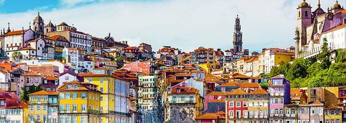 Weinreise Porto & Douro: 4-6 Nächte in 2 Hotels + Frühstück inkl. Flügen, Bootstour & Mietwagen von August-November ab 239€