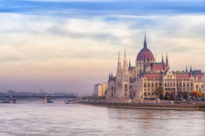 Budapest Urlaub Rathaus