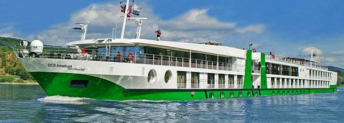 Donau-Kreuzfahrt: 6-tägige Fahrt am 4*Schiff inklusive Vollpension, Gala-Abend & vielen Extras von April – September ab 399€