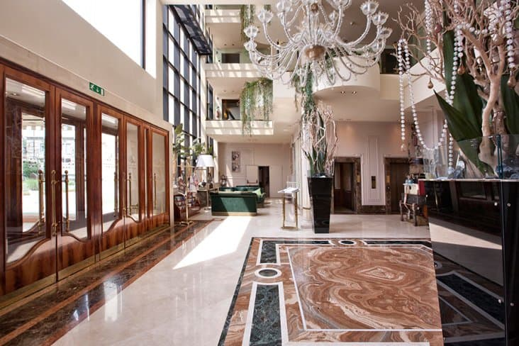 Verona Hotel Lobby
