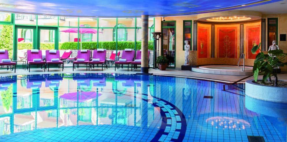 Saarland Hotel Schloss Berg Pool