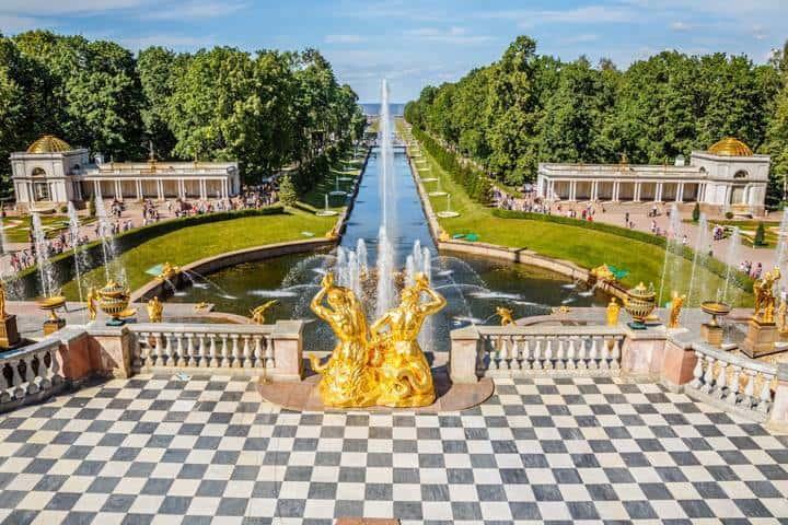 St. Petersburg Reise Sehenswürdigkeit