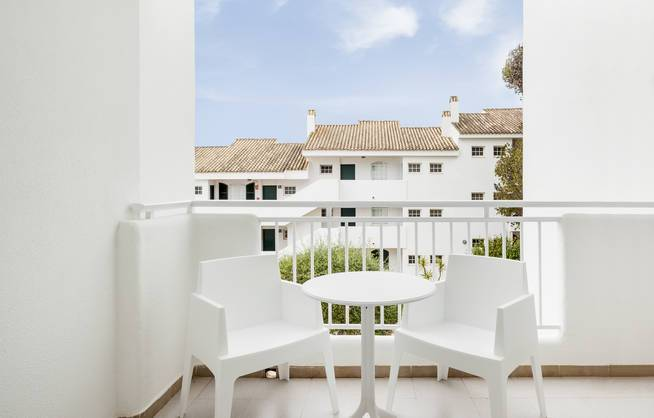 Menorca Urlaub Terasse