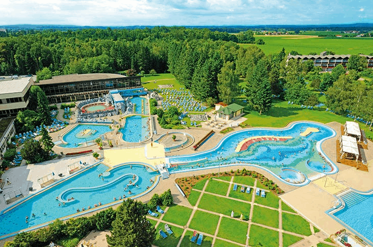 Bad Füssing Therme Poollandschaft