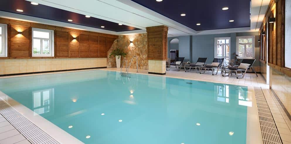 Seehotel Niedernberg Pool