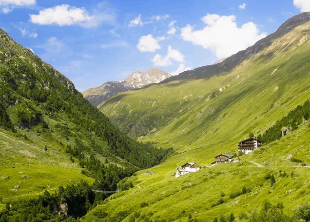 Tirol Hotel Alpina Landschaft