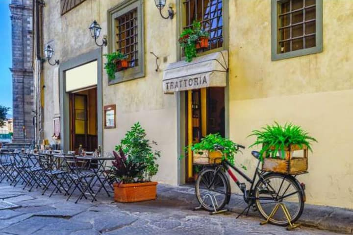 Toskana Urlaub Stadt