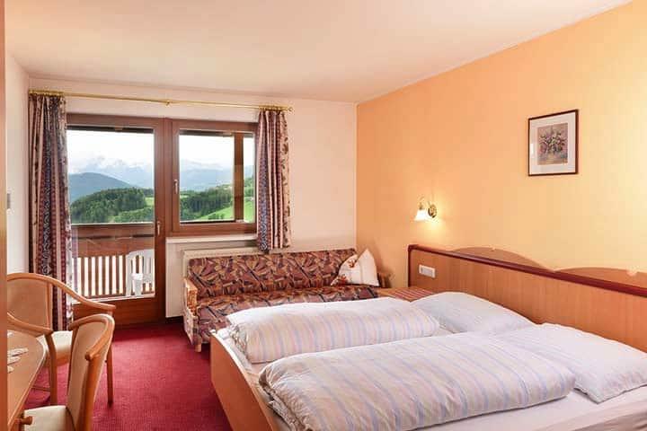 Hotel Waldrast Südtrirol
