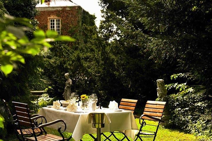 Hotel Schloss Edesheim Garten